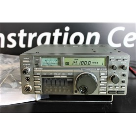 ICOM IC-735