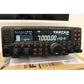 YAESU FT-450AT